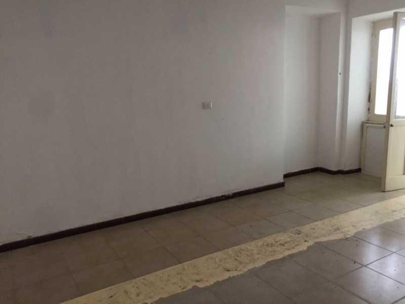 locale commerciale in vendita a telese terme via roma foto4-77563290