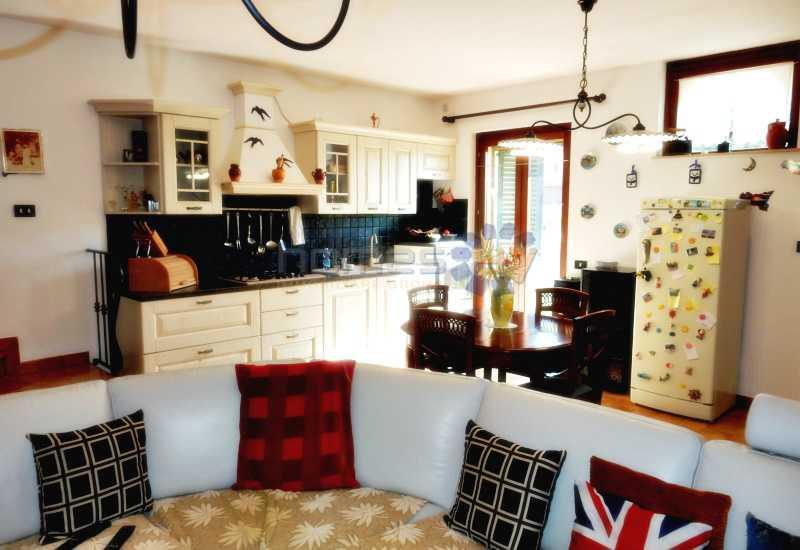 casa indipendente in vendita a grottazzolina via monti sibillini foto2-78212038