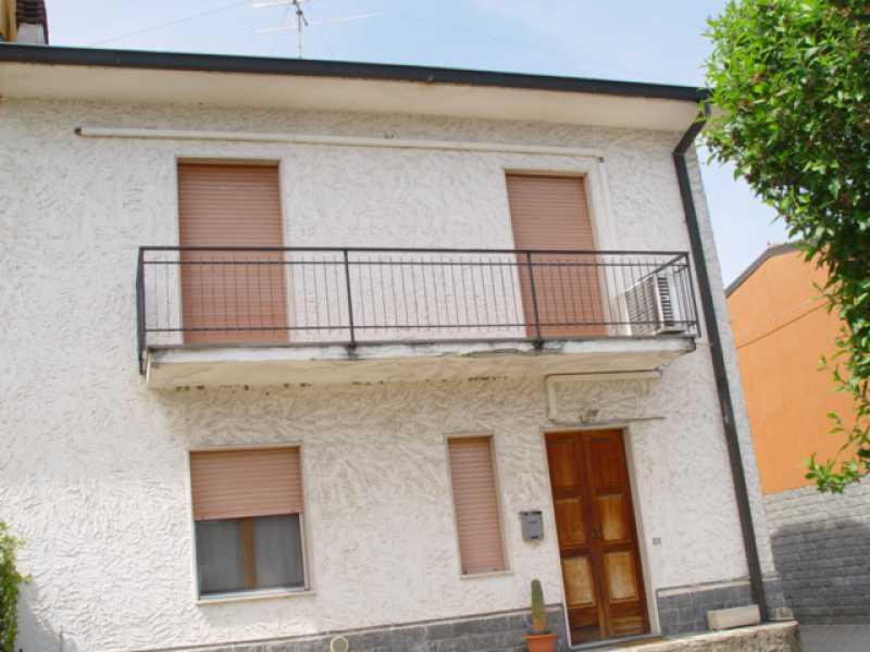 villa singola in vendita a salerano sul lambro via sant`antonio foto3-78457901