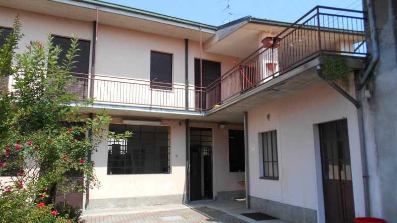 casa indipendente vendita castano primo foto1-78759480