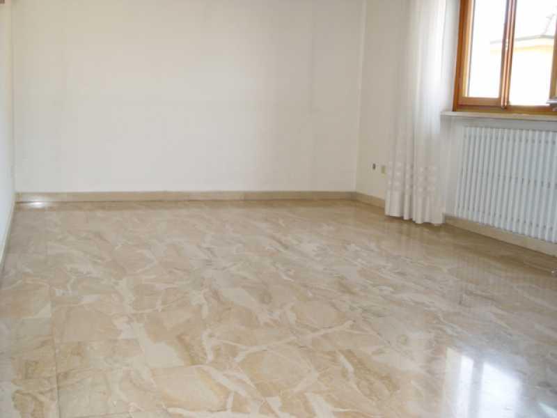 villa singola in vendita a salerano sul lambro via leopardi foto2-79347495