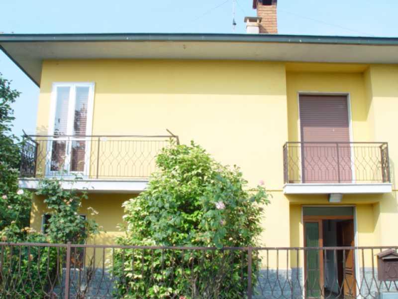 villa singola in vendita a salerano sul lambro via leopardi foto3-79347495