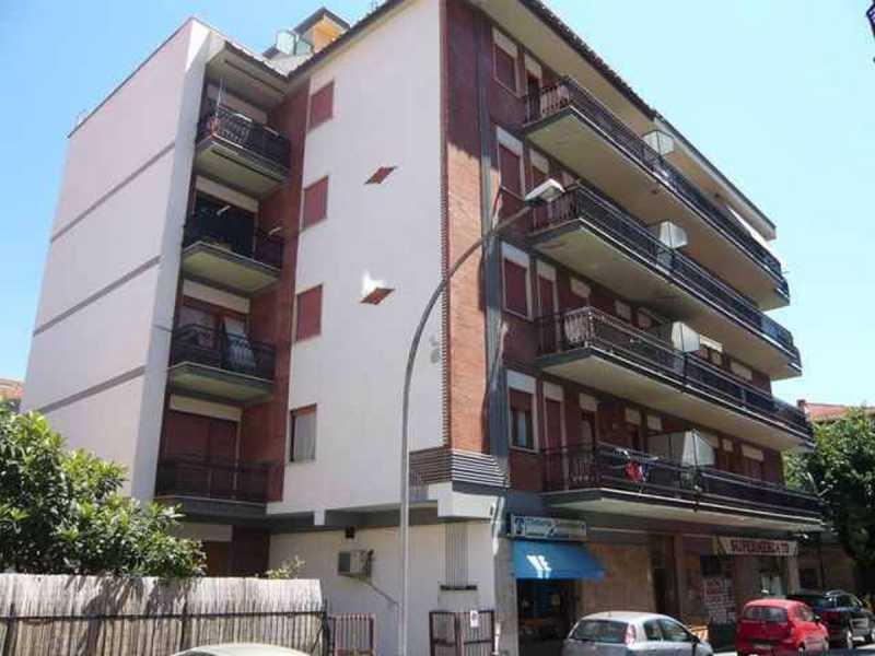 appartamento in vendita a tagliacozzo via san sebastiano foto3-84278460