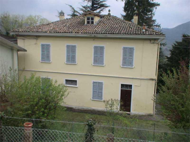 vendita villa indipendente neviano degli arduini foto1-86618254
