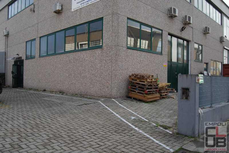 capannone in montelupo fiorentino foto1-86775183