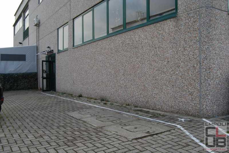 capannone in vendita a montelupo fiorentino foto3-86775183