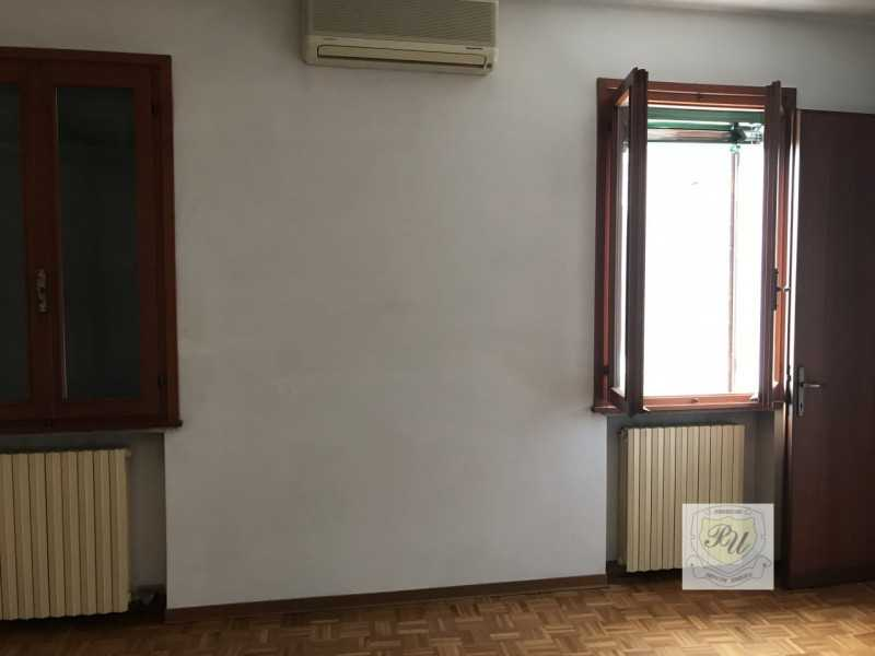 casa indipendente in vendita ad este via principe umberto 54 b foto3-89544721
