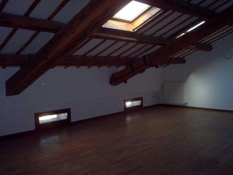 attico mansarda in vendita a padova zona centro storico piazza garibaldi foto2-92884653