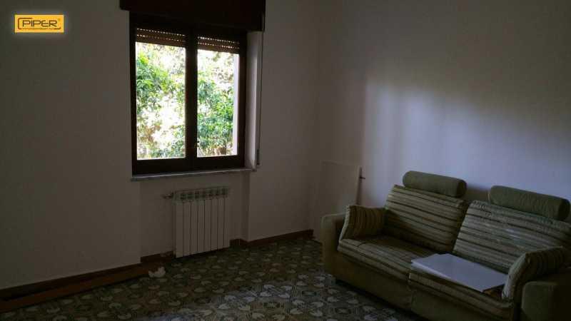 appartamento in affitto a napoli via campanile foto2-93647732