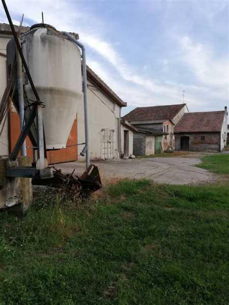 rustico casale corte in vendita a san benedetto po mirasole foto2-93972932