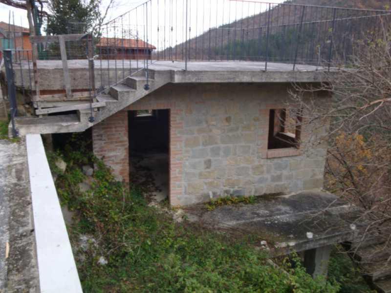 casa indipendente in vendita a valle castellana vignatico di valle castellana foto2-94073882