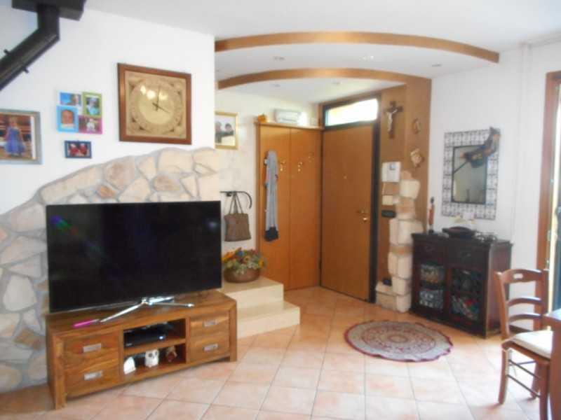 villa a schiera in vendita ad altavilla vicentina viale morosini foto2-94135344