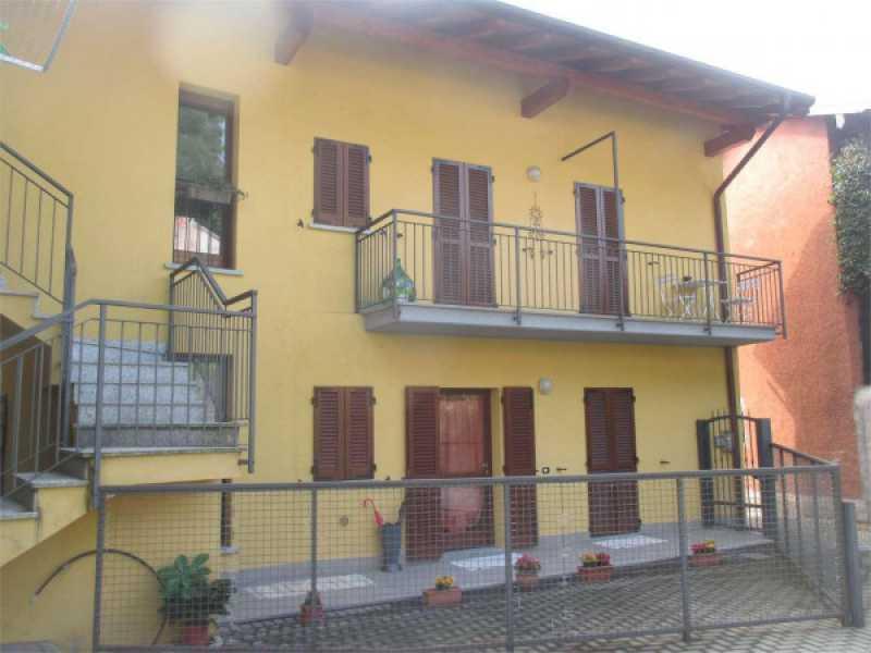 vendita trilocale oleggio castello foto1-95229330