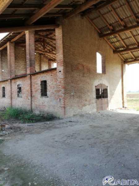 rustico terreno piacenza da ristrutturare foto1-97201328