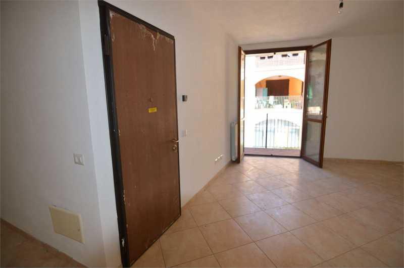 appartamento in vendita a fenegrò via moro da fenegrò foto3-97652102