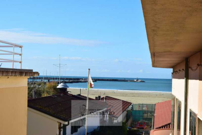 casa sulla spiaggia viareggio foto1-98779201