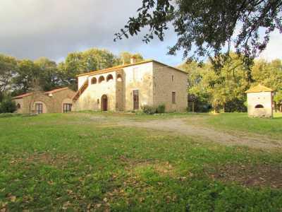 Azienda Agricola in Vendita a montecatini val di cecina sr68