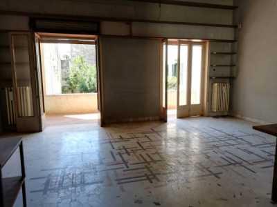 Palazzo Stabile in Vendita a Casarano via Vittorio Emanuele 48