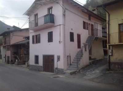 Indipendente in Vendita a Roccasparvera Strada Provinciale 121 , Castelletto
