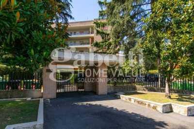 Appartamento in Vendita a Roma via Fiume Giallo 244