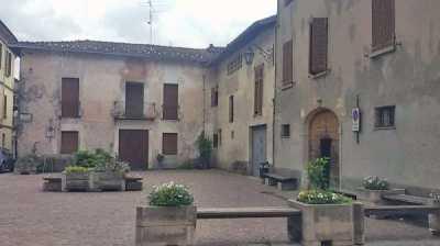 Rustico Casale in Vendita a Cassano Valcuvia via m Giani