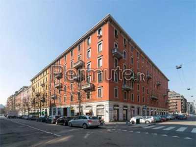 Appartamento in Vendita a Milano via Correggio