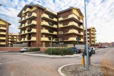 Appartamento in Vendita ad Aprilia via Caltanissetta