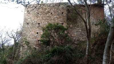 Rustico Casale Corte in Vendita ad Albenga