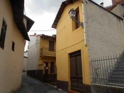 Rustico Casale in Vendita a San Giorgio Monferrato via Cesare Battisti