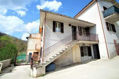 Appartamento in Vendita a Fiamignano via Arapetrianni , Arapetrianni