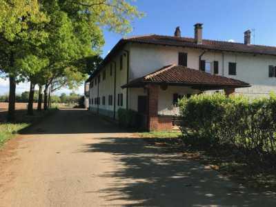 Villa in Vendita a Castano Primo Cascina Cornarina Castano Primo