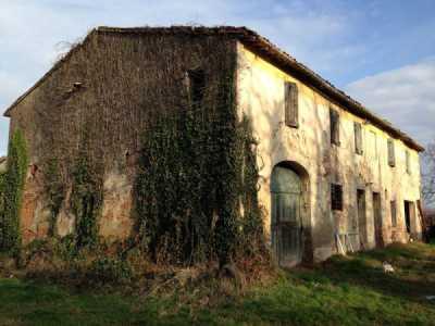 Rustico Casale in Vendita a Forlì via Trentola