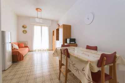 Appartamento in Affitto ad Alassio via Londra