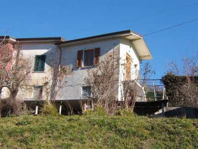 Casa Semi indipendente in Vendita a Fivizzano