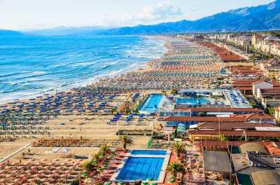 Stabilimento Balneare in Vendita a Viareggio Passeggiata