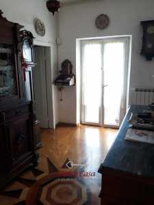 Appartamento in Vendita a Lumarzo Cerese, Ferriere
