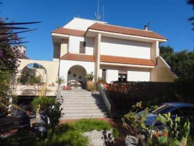 Villa in Vendita a Lecce via Rapolla