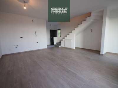 Appartamento in Vendita a Vezzano Ligure via Mercato 6