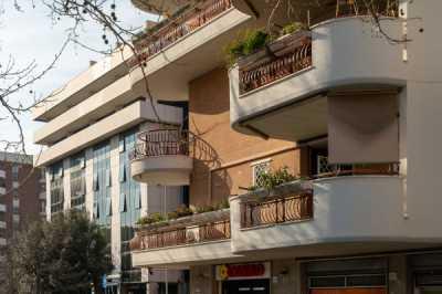 Appartamento in Vendita a Roma via del Pianeta Venere
