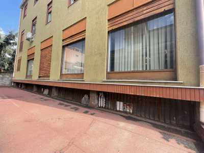 Locale Commerciale in Vendita a Gravina di Catania