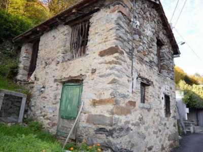 Rustico Casale in Vendita a Casale Corte Cerro Montebuglio