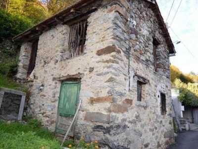 rustico / casale in Vendita a casale corte cerro montebuglio