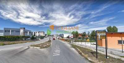Locale Commerciale in Vendita a ripalimosani zona industriale