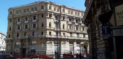 Attico Mansarda in Affitto a Napoli Corso Umberto i 179