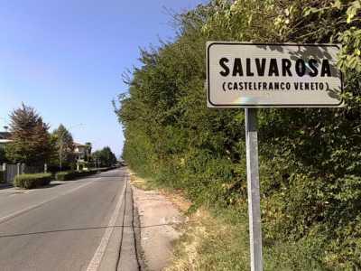 Negozio in Affitto a Castelfranco Veneto via Colombo Salvarosa
