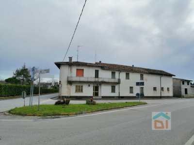 Rustico Casale Corte in Vendita a Bicinicco via Palmanova 16 Bicinicco Centro
