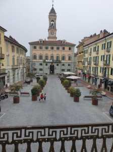 Appartamento in Vendita ad Ivrea Piazza Vittorio Emanuele