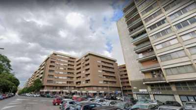 Appartamento in Vendita a Roma via Tiberio Imperatore
