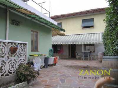 Villa in Vendita a Savogna D