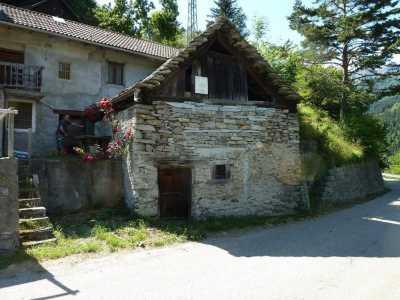 Baita Chalet Trullo in Vendita a Trasquera via Alpi Lepontine Trasquera
